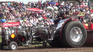 Modified 3,5t @ Haßmoor Tractor Pulling 2011