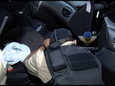 Homens são presos suspeitos de tráfico e roubos em Uberlândia - parte 1