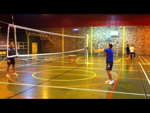 Progresión de ejercicios para asimilar el remate en Voleibol