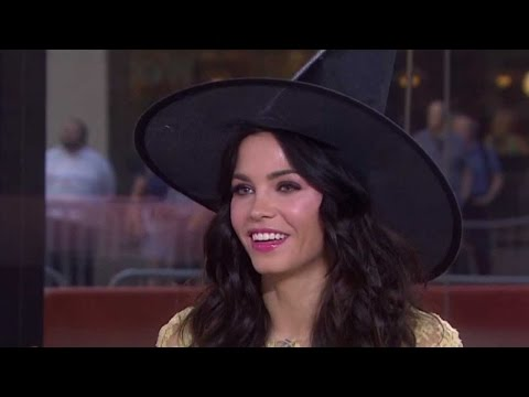 Play Which Witch? With Jenna DeWan Tatum | TODAY