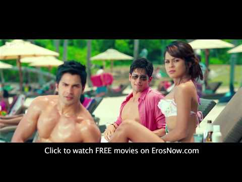 Hot Alia Bhatt In Yellow Bikini - Student Of The Year video