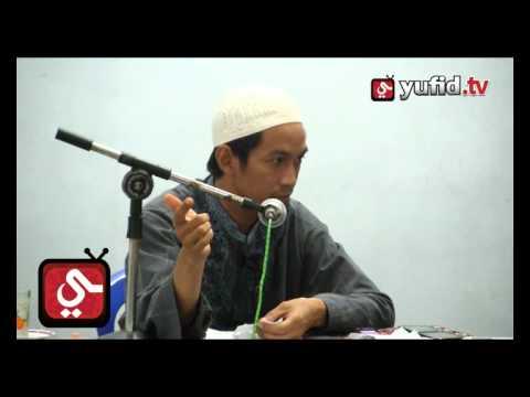 Paha Laki-laki Termasuk Aurat? - Ustadz Abu Zubair Al-Hawary, Lc.