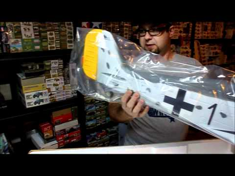 TOP RC FW190 Open Box Review SN Hobbies