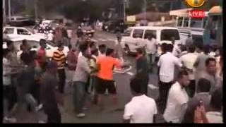 හාලිඇළ ඩිලාන්ගේ පොලු හමුදාවෙන් හරීන්ට ප්රහාරයක් UPFA and UNP Clash in Haliela