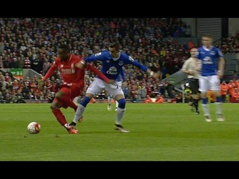 Ramiro Funes Mori Slow motion tackle on Divock Origi Everton X Liverpool - Patada asesina tobillo