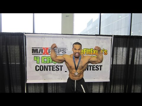 King Gator in Max Reps 4 Cash Push Up Contest