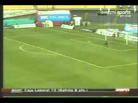 Un Rayo Cae En Una Cancha De Fútbol En Colombia Cuando Jugaban Un Partido