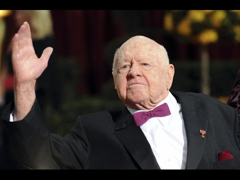MICKEY ROONEY OPEN CASKET FUNERAL PHOTO