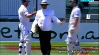 ICC's Pakistani Umpire Aleem Dar & his Stunning Decisions