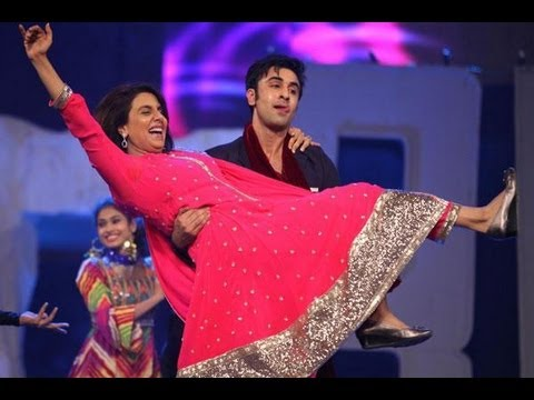 Ranbir Perform With Mom Neetu Singh | Colors Screen Awards 2013 !
