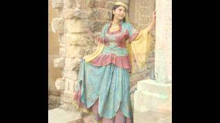 Azerbaijan National Clothes by Gulnare Xelilova