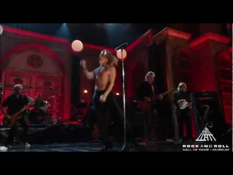 The Stooges Perform &quot;Search and Destroy&quot; at the 2010 Hall of Fame Inductions