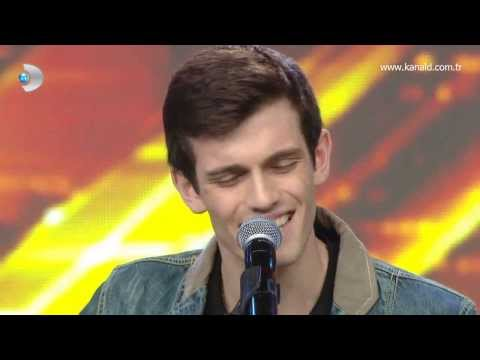 Kaan Akalın - as Long As You Love Me Performansı video