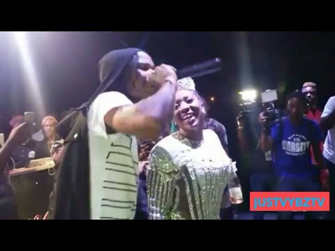 Tommy Lee Sparta Singing Happy Birthday To Spice