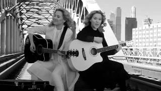 Клип Tolmachevy Sisters - Shine