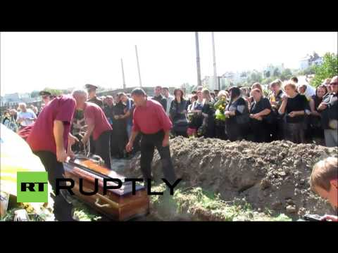 Ukraine: Lviv mourns 23-yo soldier killed in E. Ukraine