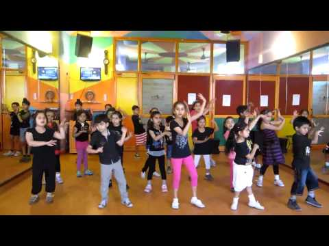 Mummy Daddy - villu  Dance Performance By Step2step Dance Studio,09888697158,mohali-chandigarh video