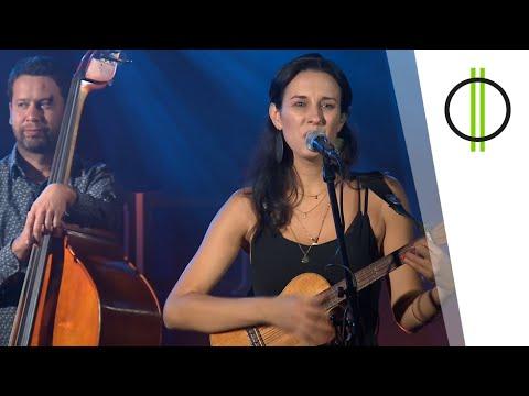 Muzsik és Volkova & Pintér Zsolt & Lee Oliver – Táncol a hold (Akusztik, M2 Petőfi TV)