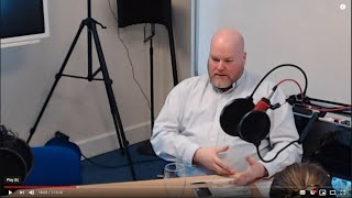Business & Technology Show - LIVE with Carl Crawley from MadebyHippo
