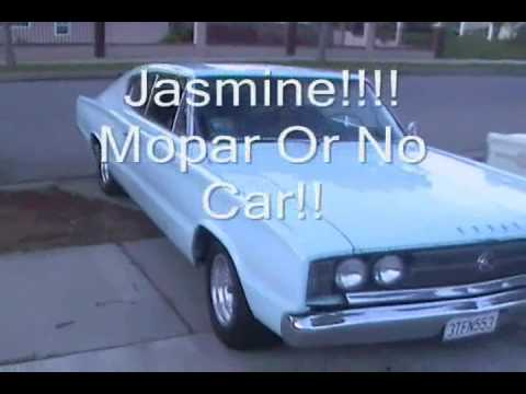 Jasmine Burnout, 383 Dodge Charger 1966! Video