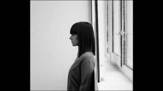 Watch Alizee Une Fille Difficile video