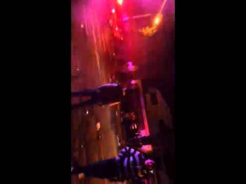 Policias de zapopan disparan al aire en fiesta