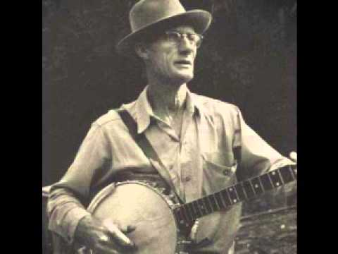 Roscoe Holcomb - Swanno Mountain