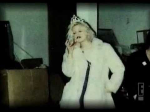 Courtney Love - Car Crash