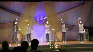 "Mime performance of ""I believe"" by James Fortune"