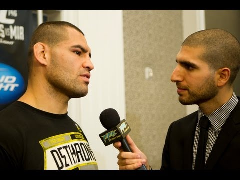 Cain Velasquez Talks UFC 146, Antonio Silva and more - Youtube