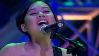 Watch Kitchie Nadal Majika video