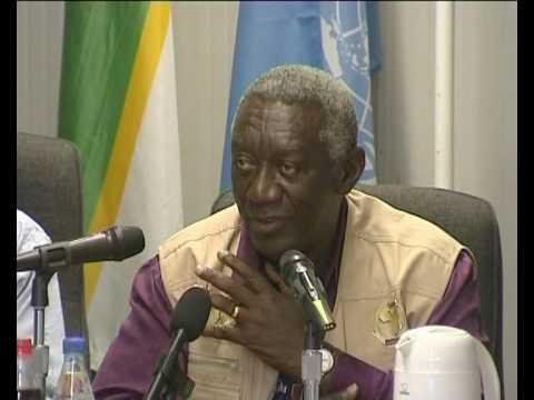 MaximsNewsNetwork: WEST DARFUR - A.U. OBSERVER JOHN KUFUOR @ POLLING (UNAMID)
