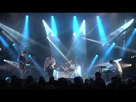 BADBADNOTGOOD - Kaleidoscope (Live Les 3 éléphants 2015)