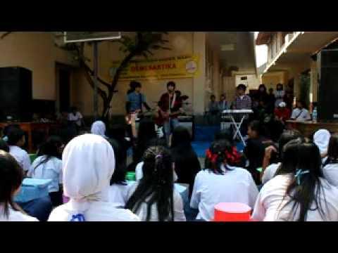 Darin Mumtazah Mesum Di Sekolah (padahal Masih Mengenakan Jilbab) video