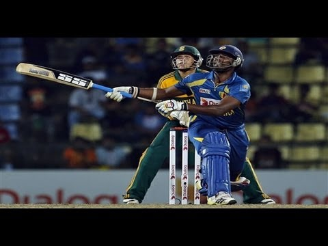 Thisara Parera Smashed 5 Sixes In 1 Over (hd) superb Hitting  video