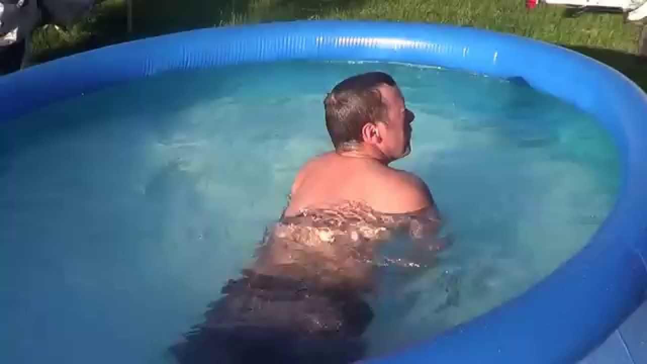 Efishinski 39 s summer weight loss in a 10x30 pool youtube for Intex gartenpool