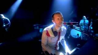 Watch Coldplay Glass Of Water video