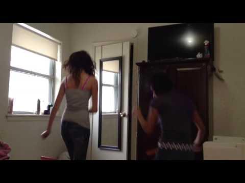 Teen Cholas Dancing