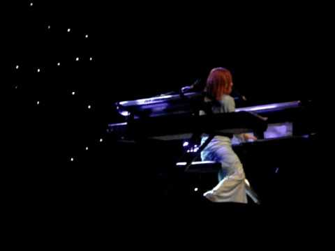 Tori Amos - It's Gonna Be Okay - Improv - Boston - Sinful Attraction Tour - 08/17/2009