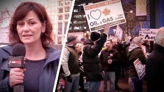 Liberal Minister greeted by pro-pipeline protesters in Edmonton | Sheila Gunn Reid