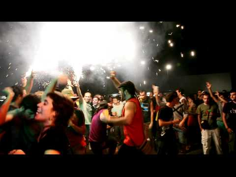 Thumbnail of video Bongo Botrako - Todos los días sale el sol , chipirón (Ulé Barraques Riudoms 2010) 1080p