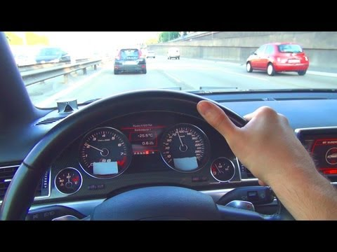 Audi S8 V10 Drive in the City Autobahn Autostrada Acceleration Onboard Driver View Kickdown Sound 4E