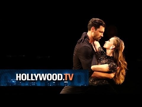 Karina Smirnoff and Maksim Chmerkovskiy tango on Broadway - Hollywood.TV