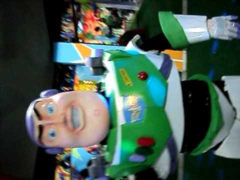 Buzz Lightyear (3).AVI