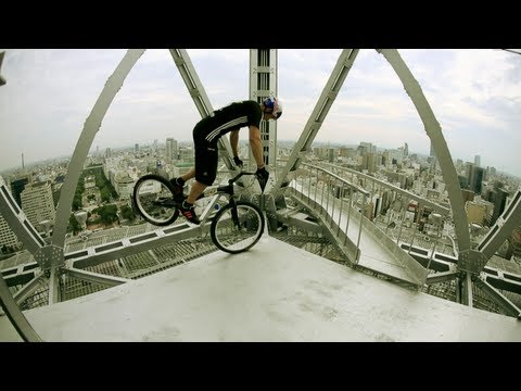 Trials Biking on a Tower - Kenny Belaey 2012