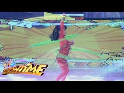 Minime Ni Rochelle Pangilinan Nagpakitang Gilas Sa Pagsayaw Gamit Ang Hula Hoop video