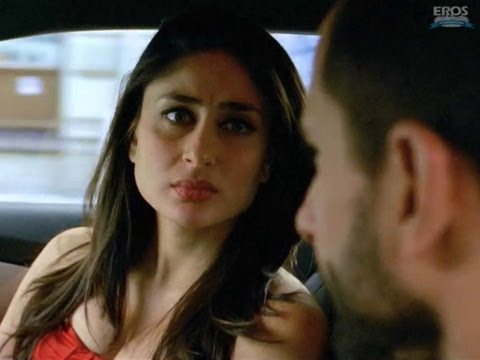Kareena Makes A Narrow Escape - Agent Vinod