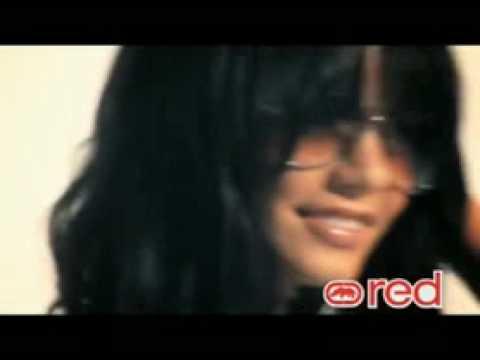 vanessa hudgens photoshoot instyle. Vanessa sustituye a Britney Spears como imagen de la marca y muestra un lado dulce y sexy a la vez, revel Vanessa Hudgens Ecko Red Photo Shoot