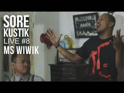 SOREKUSTIK LIVE #8 MS. WIWIK - WE'RE COMING BACK ( COCK SPARRER ACOUSTIC COVER )