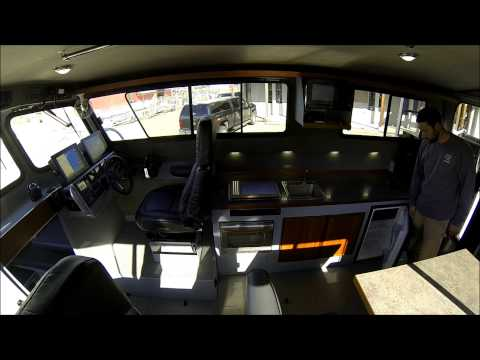 Wooldridge 32' Super Sport Offshore Pilothouse